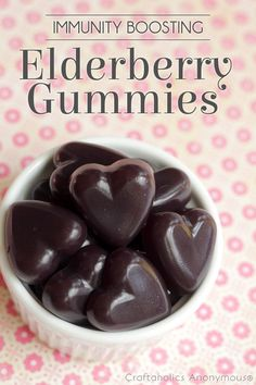 Make your own Immunity Boosting Elderberry Gummies recipe || need to make these!