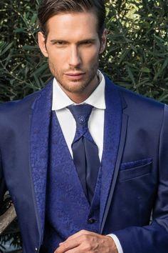 m106-luxusny-pansky-oblek-svadobny-salon-valery