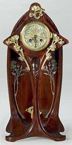 1900 art nouveau clock