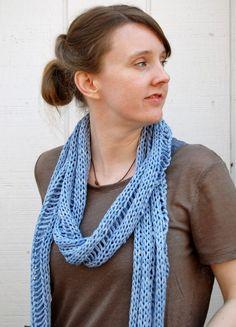 Karma Scarf. Free knitting pattern!