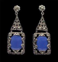 ART DECO  Earrings   Silver Chalcedony Marcasite  H: 4.7 cm (1.85 in)  W: 1.5 cm (0.59 in). German, c.1930