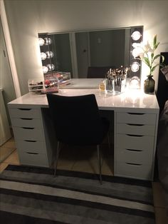 Makeup Room Ideas  Room DIY Decor Storage For Small Space Tags Makeup Ideas VANITY MIRROR WITH DESK LIGHTS Desk Light Vanities And Desks