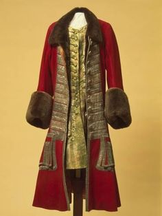 Winter Costume of Peter I Russia. Between 1710 and 1725 Broadcloth, galloon, beaver fur, damask and wool;: caftan camisole cm (c) The State Hermitage Museum Russia 18th Century Clothing, 18th Century Fashion, Russian Fashion, Royal Fashion, Fashion Women, Historical Costume, Historical Clothing, Catalina La Grande, Vintage Outfits
