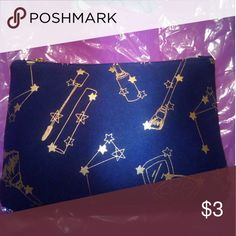 Ipsy cosmetics bag $3 or free with 2+ items November 2016 ipsy bag. Free if purchasing any 2 makeup items or add to cart for $3 Bags Cosmetic Bags & Cases