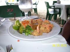 The Hotel Playa Maya has a great restaurant under a palapa, serving breakfast and lunch. They are famous for their coconut shrimp. The ceviche, chilequiles, shrimp tacos and margaritas are also delicious.