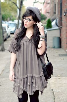 frumpy dress and cute accessories