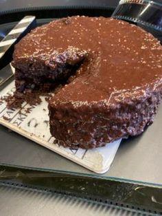 Τσίζκεϊκ πραλίνας - Στέλιος Παρλιάρος Muffins, Food And Drink, Cooking Recipes, Sweets, Chocolate, Desserts, Pastry Chef, Cakes, Tailgate Desserts