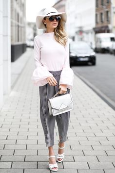 FASHION OUTFIT STREETSTYLE: VOLANT SLEEVES FOR SPRING /W STRIPED CLOTH TROUSERS / MINAMIA FASHIONBLOG ÜBER MODE, BEAUTY & LIFESTYLE