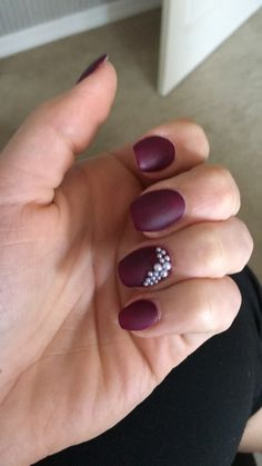Maroon nails with pearls