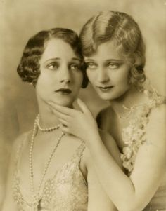 Helene and Dolores Costello photographed by Irving Chidnoff, c. 1929 www.stores.eBay.com/GrapefruitMoonGallery