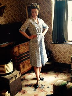 Lucy getting her 1940s style on.