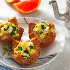 Preparing breakfast for all your guests shouldn't be stressful. Try our Whole Grain Florentine Egg Cups for a quick and delicious solution!
