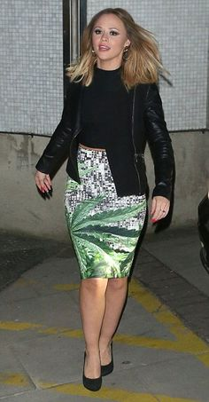 Cool: Want this  skirt ;-)