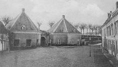 Nu Van Coothplein, toen (1900) de Ginnekenpoort