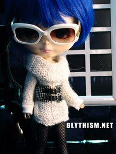 Blythism Lightgrey knitted Blouse for Blythe / Pullip C024g(F). $12.95, via Etsy.