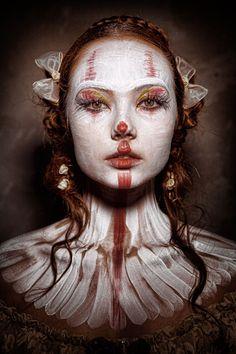 Les-portraits-de-clowns-terrifiants-de-Eleo-Perfido-5