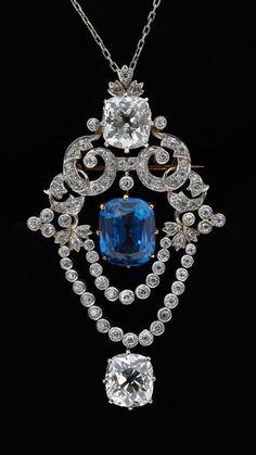 Tiffany & Co - Pendentif Broche - Platine, Diamants et Saphir - vers 1900