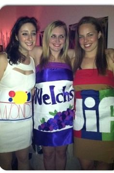 Get together with your pals like peanut butter and jelly. | 21 Unusual Halloween Costumes You Can Make Yourself