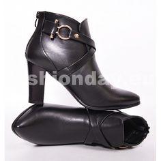 a3fb9ac28822c Jesenné dámske čižmy čiernej farby s hrubým podpätkom - fashionday.eu