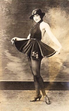 http://graphicsfairy.blogspot.com/2010/07/vintage-image-old-photo-saucy-ballerina.html