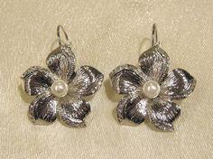 Trachtenschmuck, Antikschmuck, Folkloreschmuck, Ohrhänger Blüte mit Perle