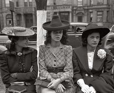 Easter Sunday, April 1941. Waiting for the processional at an Episcopal church in South Side Chicago.