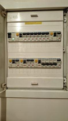 Technologie Budowlane : Instalacja Elektryczna .