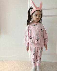 ❤️ Pinterest: Hayul ❤️ Cute Asian Babies, Korean Babies, Little Girl Fashion, Kids Fashion, Kids Girls, Little Girls, Ulzzang Kids, Cute Korean, Wedding Moments