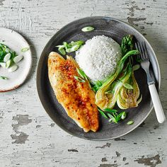 A quick and easy Miso Baked Fish recipe, from our authentic Japanese cuisine collection. Find brilliant recipe ideas and cooking tips at Gousto Diet Dinner Recipes, Vegetarian Recipes, Healthy Recipes, Healthy Food, Pangasius Fish Recipe, Miso Recipe, Cooking Tips, Cooking Recipes, Fish Dinner