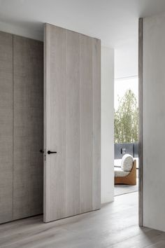 Monte Esquinza is a minimalist interior located in Madrid, Spain, designed by OOAA Interior Door Styles, Door Design Interior, Modern Interior Design, Modern Door Design, Minimalist Architecture, Minimalist Interior, Minimalist Home, Bedroom Door Design, Interior Minimalista