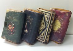 Booklover » amandaonwriting: Bookish Clutch Bags Source
