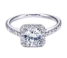 14k White Gold Diamond Halo Engagement Ring!