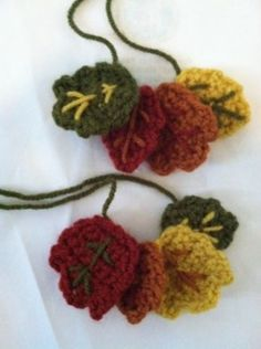 Crocheted Leaf Wine Charms, free pattern on lionbrand.com