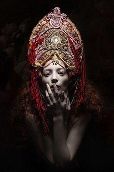 Model wearing a stylized kokoshnik. Fashion photograph. #Russian #folk #costume