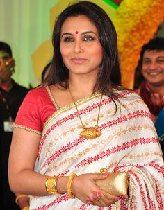 Rani Mukerji is getting along well with her future mother-in-law! - http://www.bolegaindia.com/gossips/Rani_Mukerji_is_getting_along_well_with_her_future_mother_in_law-gid-36958-gc-6.html