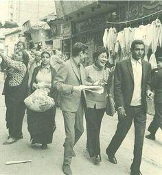 Darwesh and El-Abnoudy in the streets of Cairo 1971... درويش و #الابنودي في شوارع #القاهرة سنة 1971#