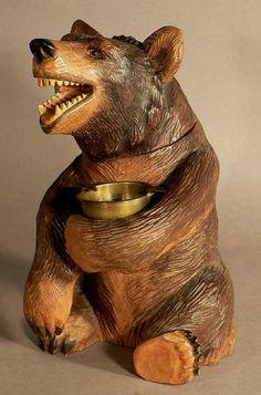 carved sitting bear humidor