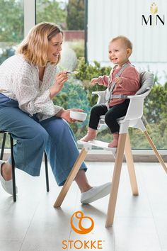Stokke Clikk high chair was specially designed to address every parents needs... all in one box! Beautifully designed with smooth lines means you're ready for easier and cleaner mealtimes in just 1-2-3 Clikk. Tool-free assembly in only one minute! Stokke High Chair, Clover Green, Cute Baby Pictures, Closet Designs, Baby Gear, Scandinavian Design, All In One, Contemporary Design, Scrubs