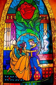 Beauty and the beast stained glass arte em vidro, material de desenho, vitr Disney Pixar, Film Disney, Arte Disney, Disney Magic, Disney Art, Disney World Fotos, Disney World Pictures, Disney Stained Glass, Stained Glass Art