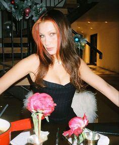 Bella Gigi Hadid, Bella Hadid Style, Img Models, Ropa Kylie Jenner, Blond, Isabella Hadid, Sam Sam, Janet Jackson, Iconic Women