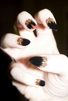 Halloween-Fingernägel  http://www.prettynailshop24.de/shop/nailart-halloween.html?search=Halloween