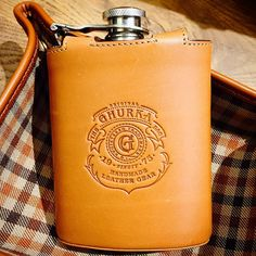 Why is it that I want a beautiful flask so badly?? I'll never understand. But this feeds the addiction