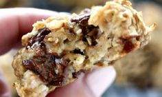 Banana Breakfast Cookies - Spend With Pennies Breakfast For A Crowd, Paleo Breakfast, Breakfast Dishes, Breakfast Recipes, Whole Food Recipes, Cookie Recipes, Banana Breakfast Cookie, Desserts With Biscuits, Lunch To Go