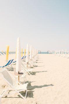 Viareggio-Beach-Italy-©Clara-Tuma.jpg