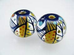 Moogin Beads - Encased yellow core batik pattern pair by mooginmindy on Etsy