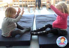 Zwangerschapsgym in de klas, thema baby voor kleuters, Kindergarten baby theme Preschool Lessons, Activities For Kids, Baby Motiv, Kindergarten, 2 Baby, Baby Blog, Baby Sister, Kids Rugs, Teacher