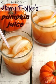 Our version of Harry Potter& Pumpkin Juice is the perfect drink for fall. It has a smooth pumpkin flavor with a little bit of spice and is super tasty! Harry Potter Pumpkin Juice, Harry Potter Food, Harry Potter Halloween, Harry Potter Christmas, Harry Potter Birthday, Harry Potter Desserts, Harry Potter Cocktails, Harry Potter Treats, Pumpkin Recipes