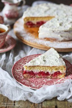Himbeertorte mit Pudding-Creme / Малиновый торт с  пудинговым кремом