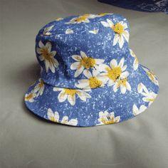 A loja está temporariamente fora de serviço. Cool HatsBucket HatBuckets LooksValentinoTumblr ... c15a64d8963