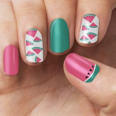 This design includes - An irresistible adorable watermelon design perfect for to give you an extra OOMPH to every outfit. Each pack includes - 16 Double Ended Nail Polish Wrap - Cuticle Pusher - Nail
